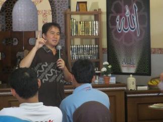 Pengajar - Ahmad Gozali